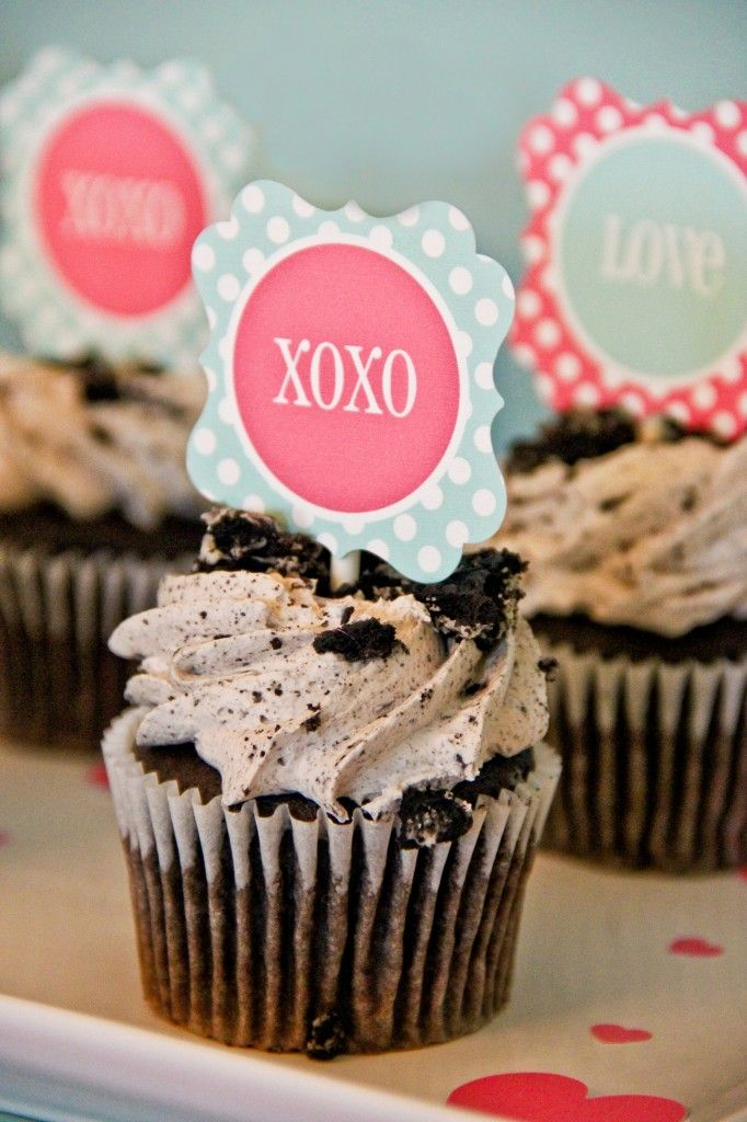 #Valentines cupcake toppersValentine'S Day, Free Valentine, Cupcakes Toppers, Projects Nurseries, Valentine Cupcakes, Parties Printables, Paige Simple, Valentine Day Parties, Cupcake Toppers