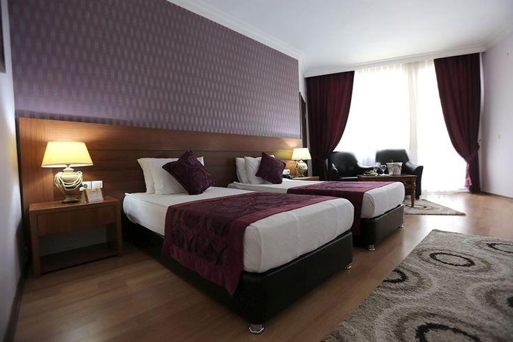 Ara kapı ile birleşebilen 2 oda ailelerimiz ve kalabalık misafirlerimiz için birebir. Geniş Aile Odaları için Mersin Sultaşa Otel tam olarak aradığınız Mersin En İyi Oteli... İletişim: 0324 341 2000 Mail:sultasa@sultasaotel.com