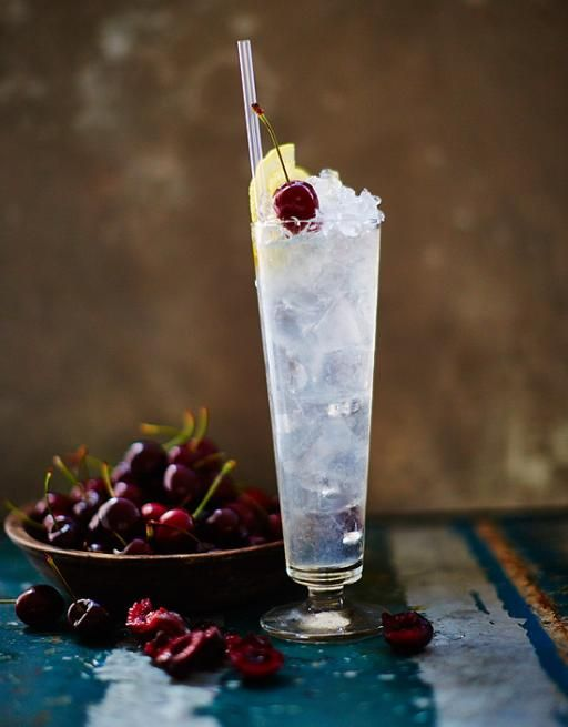 The first Tom Collins recipe was written by the father of modern cocktail making, Jerry Thomas. It's a simple mix of gin, lemon and sugar syrup, shaken over ice.
