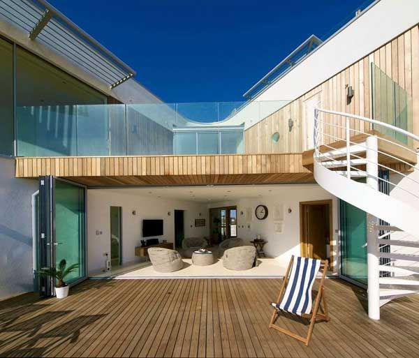 Modern Beach House In East Sussex With Glass And Timber Details   Http://