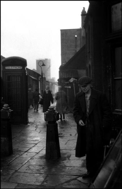 Sergio Larraín, Bethnal Green Road, Londres, 1959