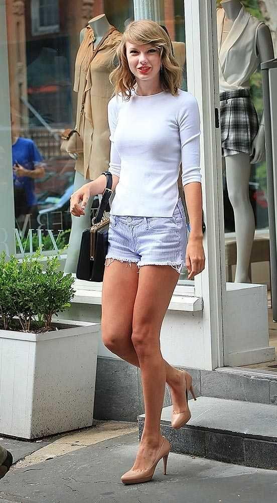 Taylor Sift's best off-duty moments | Fashion, Trends, Beauty Tips & Celebrity Style Magazine | ELLE UK