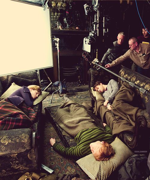 Behind the scenes from some of your favorite movies (81 Photos)