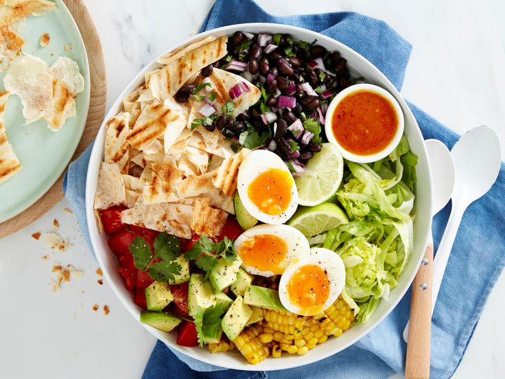 This tasty Mexican-inspired salad is refreshing but super filling thanks to the high-protein black beans, eggs and creamy avocado. Serve up for a light dinner or an exciting work lunchbox filler.