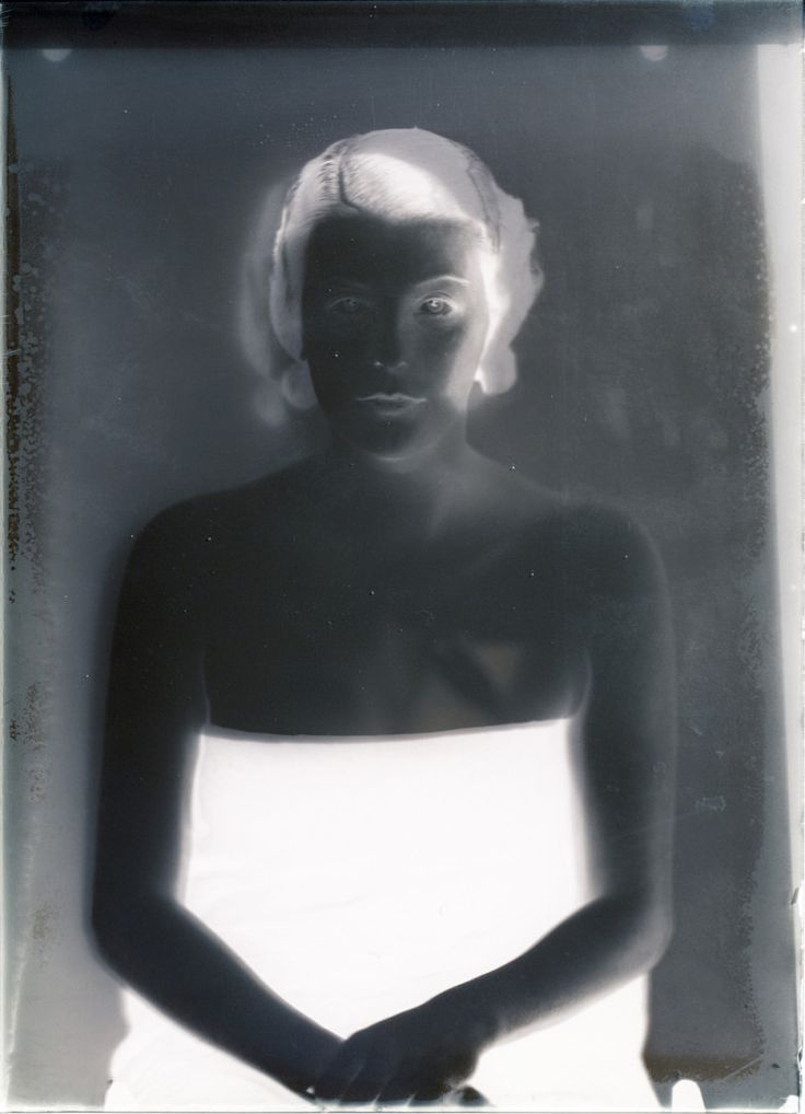 Museum Meditations 1 (Ester), 2013 Digital C-print, diasec, wooden frame 80 x 58 cm
