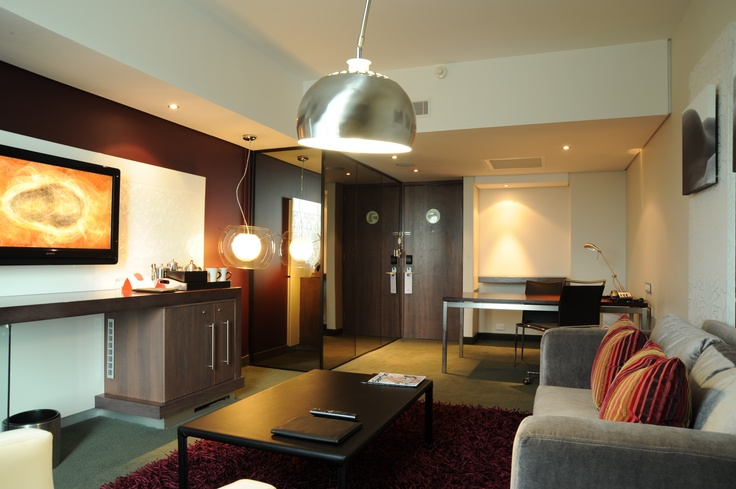 Hotel - Crowne Plaza Johannesburg - The Rosebank - Accommodation -The Lounge in our Executive Suite allowing you to sit back and relax. To book this luxurious suite click here: http://bit.ly/t7NgIy