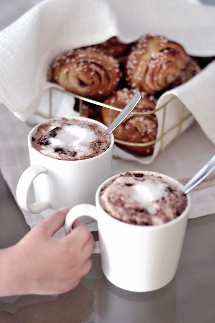 PASTELLIMAJA   Hot chocolate time!