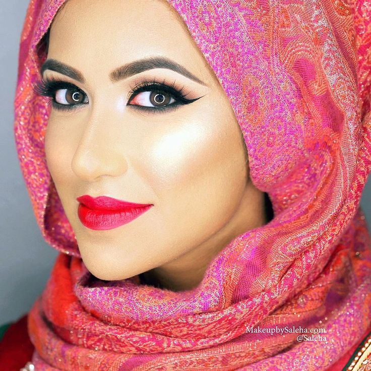 "Gorgeous bride Aisha before duppata/jewelry setting ❤️ @salehabeauty ""Iconic Bronze"" highlighter, ""Dreamy"" lashes, & ""Celebrity"" lipstick. @kryolan foundation. @benefitcosmetics eyebrow pencil in 4. @hourglasscosmetics waterproof bronzer for contour. #saleha #makeup #makeupartist #mua #bride #bridalmakeup"