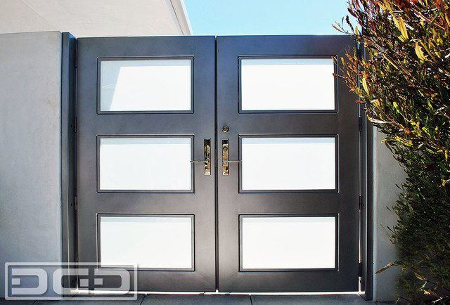 Modern Steel and Glass Courtyard Gate. Silver powder coated metal ...