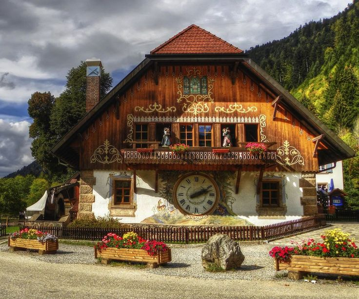 The home of the cuckoo clock, the Grimm Brothers' fairy tales and world-renowned thermal spas, Black Forest Germany is a popular vacation spot for locals and tourists alike.