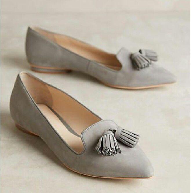 Zapatos grises para mujer
