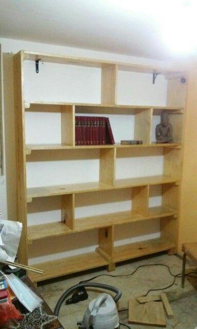 Libreros se venden libreros madera 100 pino de primera for Libreros originales