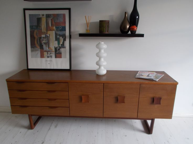 This Shows How Well Mid Century Furniture Complements Todayu0027s Modern  Interiors. This Rare Europa