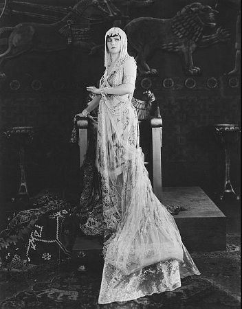 Betty Blythe as The Queen of Sheba 1921 | Silent ...
