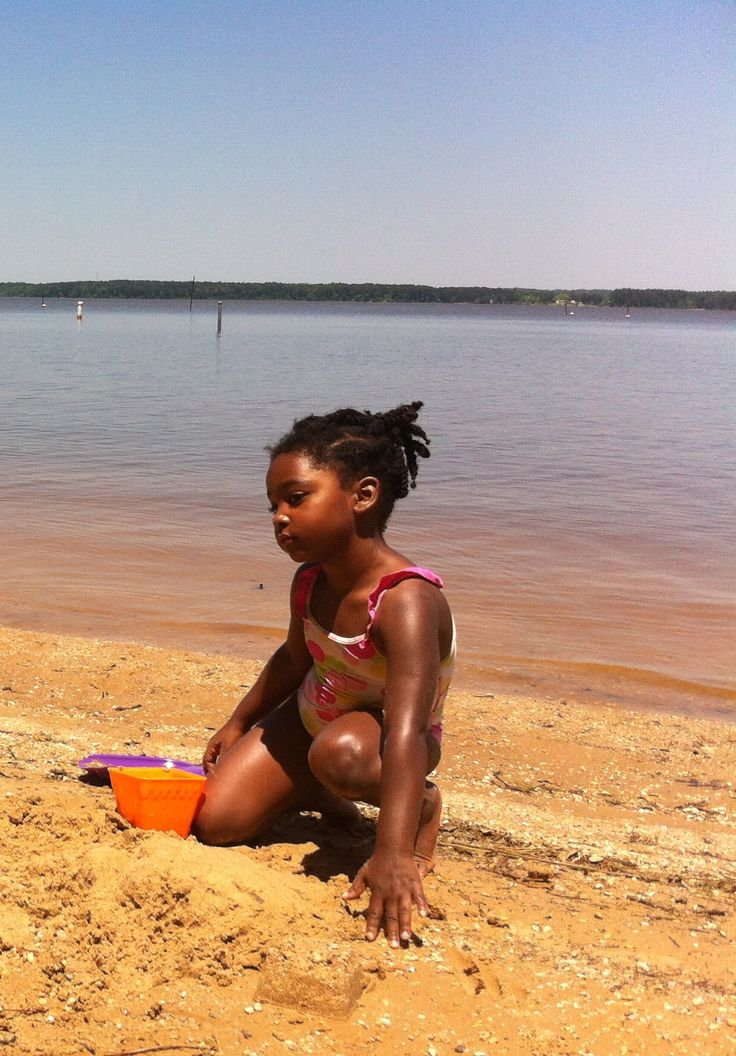 Even n dirty water she is still loved...smh
