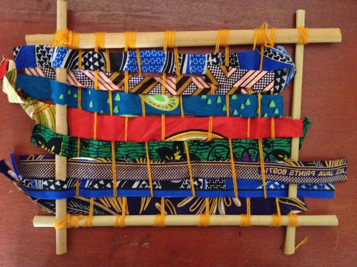 A weaving loom made out of a papyrus mat, cut-offs from local material and wool/yarn. A great activity to help develop children's fine gross motor skills and hand-eye co-ordination.