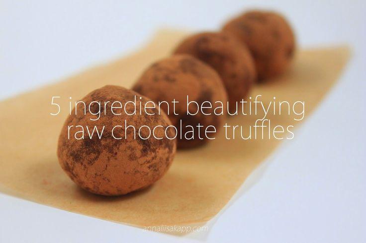 5 Ingredient Beautifying Sexy Raw Chocolate Truffles