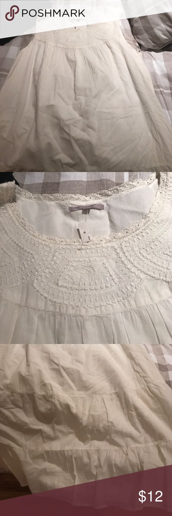 Gap off white cute flowy summer dress! Size xl gap peasant off white flowy sleeveless dress with beautiful stitching GAP Dresses