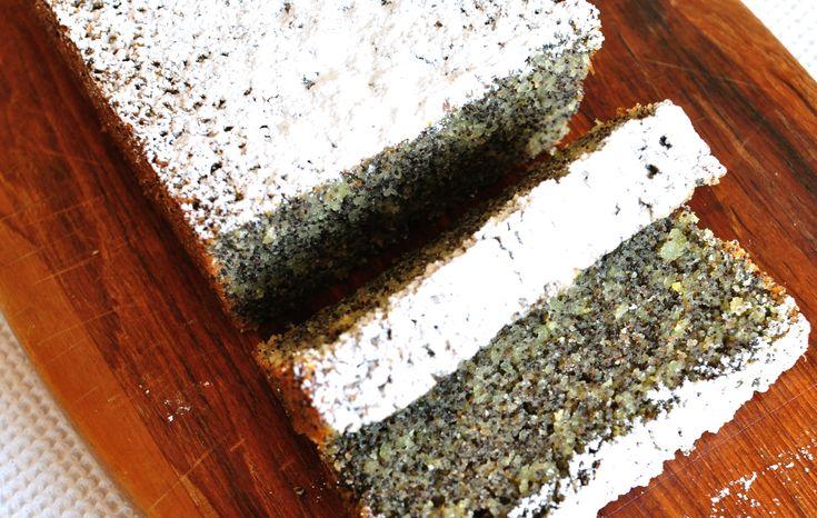 Mákos diós torta – többé nem sütsz hagyományos piskótát, ha megkóstolod!