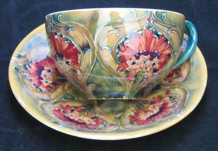 Italian Glass Tea Cups | William Moorcroft Tea Cup at 1stdibs