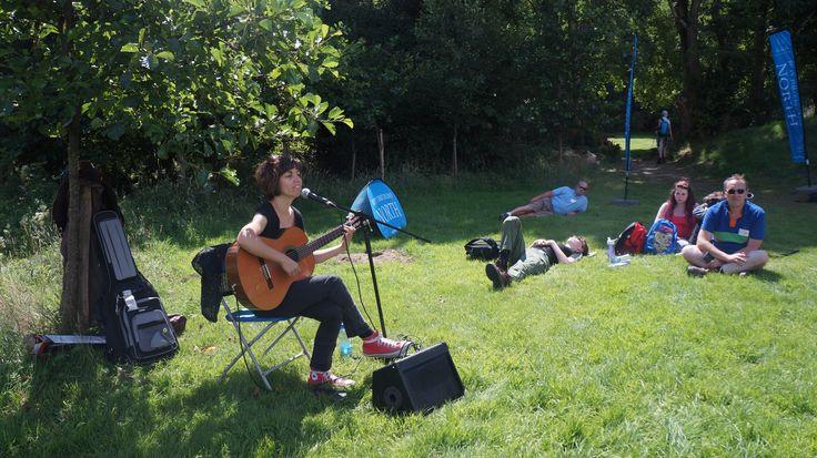 Susana Garrido singing for the tired walkers #caminofestirl #wicklow #walking #walkingfestival