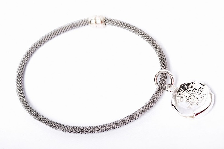Sigillo bracelet made of non-allergenic steel with a 999,9 silver seal charm.. www.annaealex.com