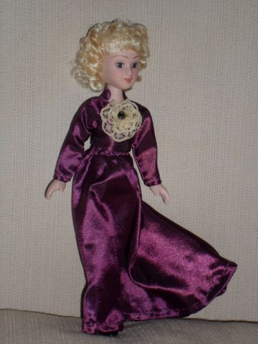 Ruth-Morse-DeAgostini-porcelain-doll