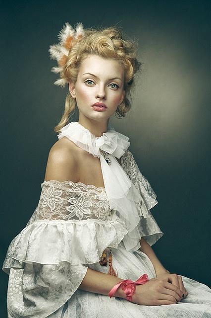 I just love Joanna Kustra's style!