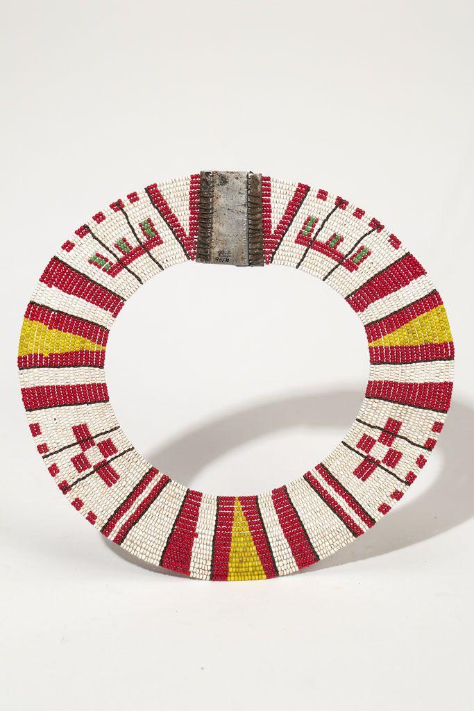 Collar for dancing - KAMBA Country: KENYA Material: BEAD, METAL (ALUMINUM) Dimensions: D:22.5 [in CM]