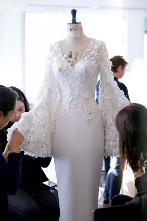 Fashion Atelier - haute couture behind the scenes; dressmaking; sewing // Ralph & Russo Spring 2016