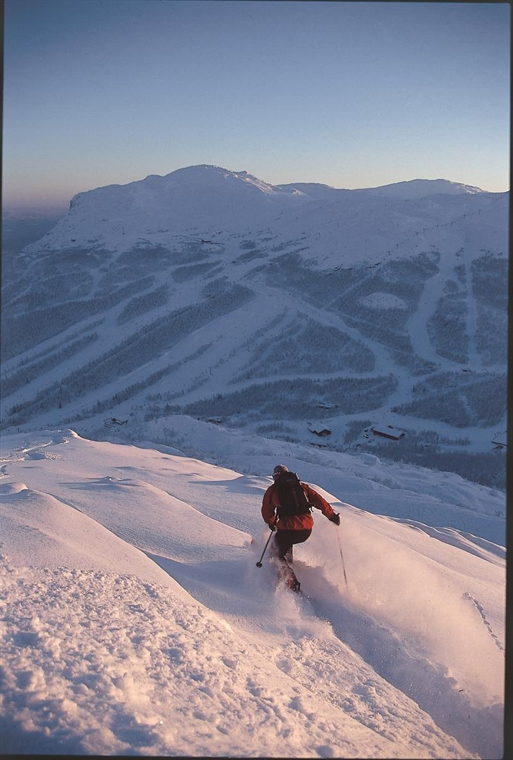 Petter Torgersen @ Hemsedal, Norway   Photo: Simen Berg - Bergphoto.net