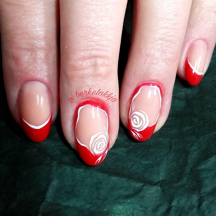 Flower nails. Flower nail art. Easynails. Nail art.