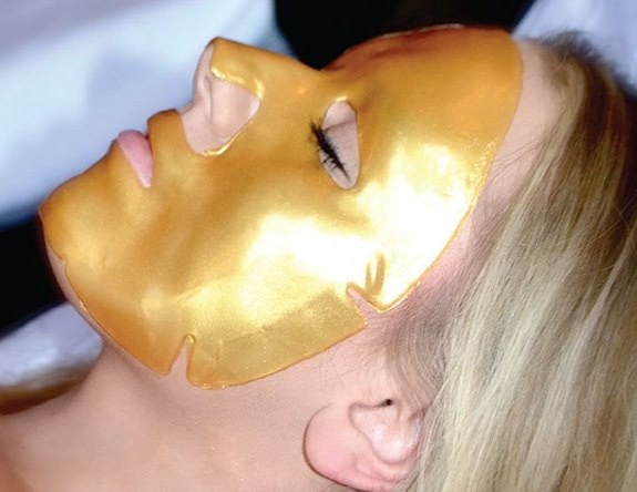 Gold facial video attentively
