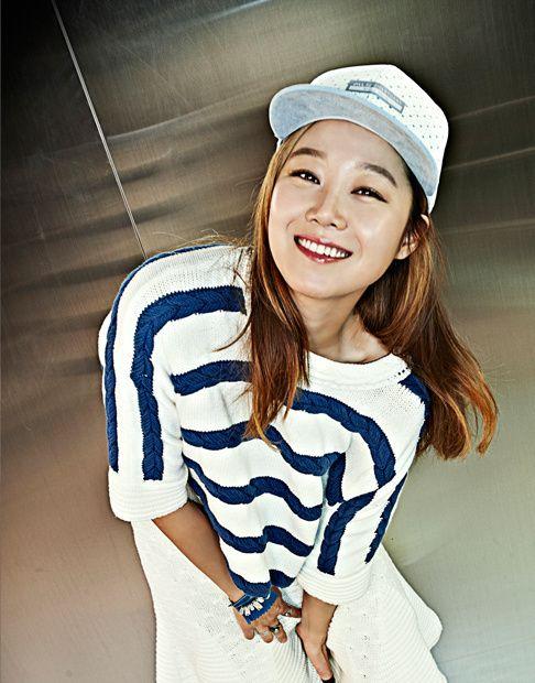 Gong Hyo Jin - Hats On