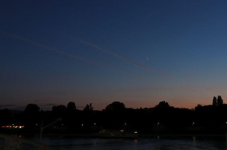 Jupiter, Venus