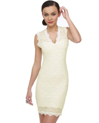 <3: Party Dresses, Ivory Dresses, Amused Lace, White Dress, Ivory Lace Dresses, Lace Ivory