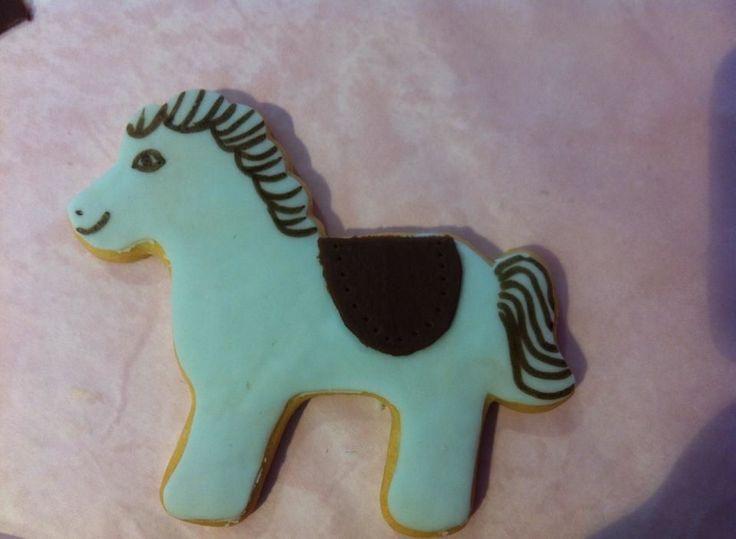 Η Βάπτιση ενός μικρού Καουμπόι!!!  #various #sweet Image on #Marilou #Cupcakes http://www.marilous.gr/fb-gallery/ #biscuit #cookies #biscotti