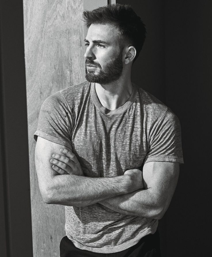 Chris Evans - The 2016 Royals: Priyanka Chopra, Cindy Crawford, Kanye West and More Photos | W Magazine