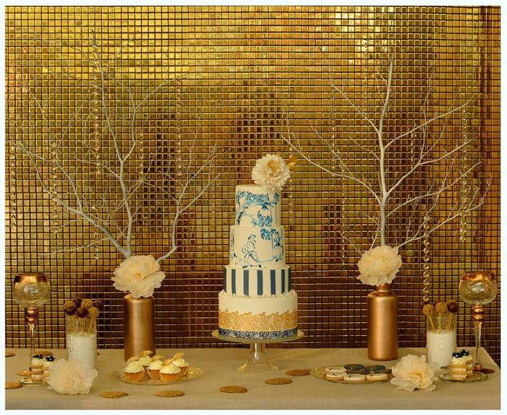 Cake Gold & Navy