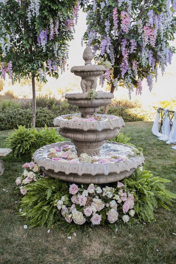 Stunning floral covered garden wedding: http://www.stylemepretty.com/2015/12/10/elegant-enchanted-garden-wedding-at-terranea/ | Photography: Victor Sizemore - http://vcsphoto.com/