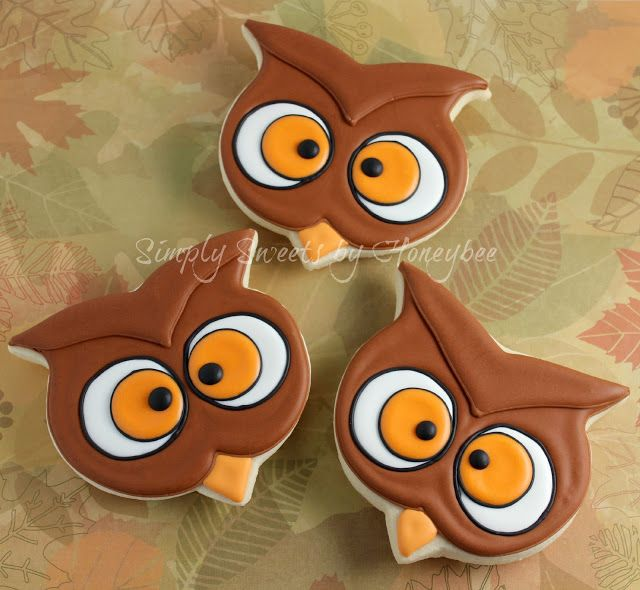 Owl Cookies Using a Pumpkin cookie Cutter - simplysweetsbyhoneybee.com