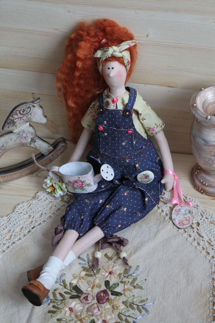 """Купить Тильда """"Садовница"""" - садовница, тильда кукла, оберег для дома, интерьерная кукла, интерьерное украшение"""