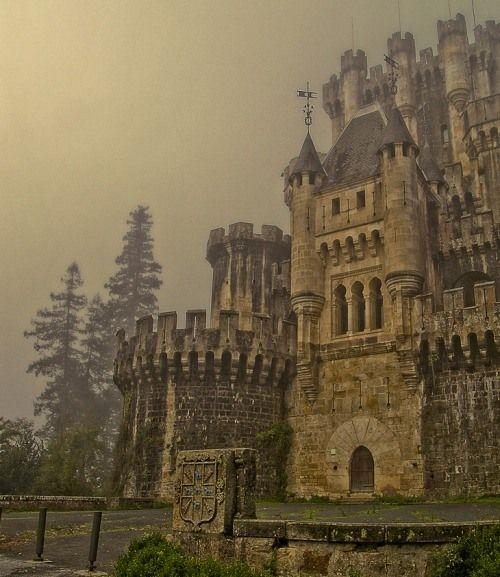 Castillo de Butrón (Butrón Castle)  Vizcaya, Spain  Castels  Pinterest  C...