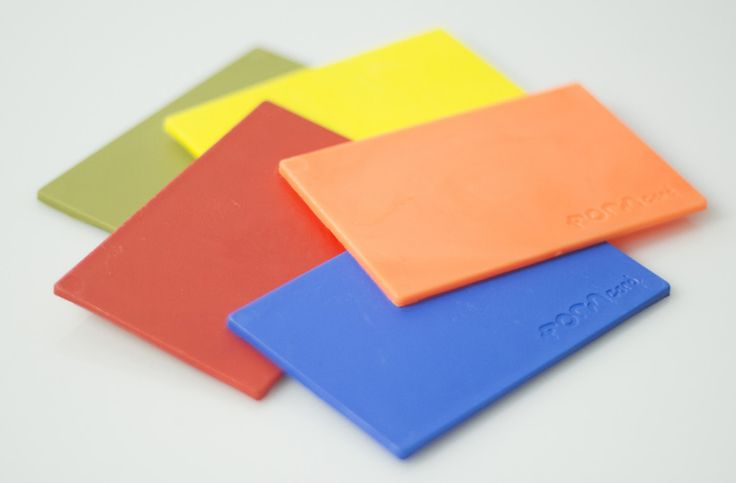 peter marigold's reusable bioplastic FORMcards melt to fix and modify damaged objects