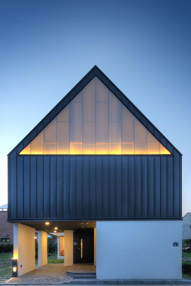 One Roof / Mlnp Architects
