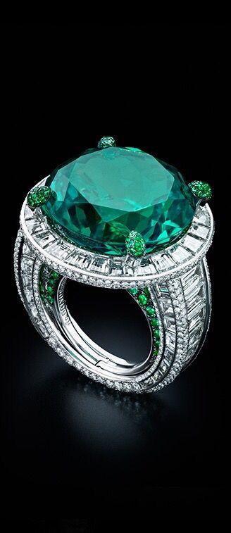 de Grisogono Emerald, Diamond and Platinum Ring