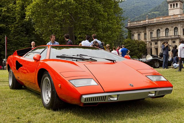 2010 Lamborghini Countach LP 400 photo - 2