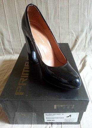 Kup mój przedmiot na #vintedpl http://www.vinted.pl/damskie-obuwie/na-wysokim-obcasie/14505920-skorzane-czarne-czolenka