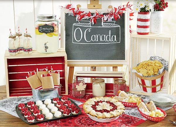 This came from a Michael's ad.  Get ready for Canada Day with sweet treats and festive decor.