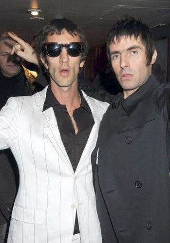 Richard Ashcroft of The Verve and Liam Gallagher of Oasis